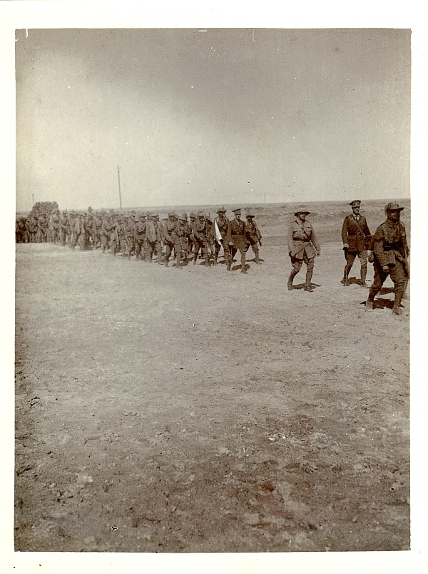 39th Garhwal Rifles marching in Mesopotamia 1917