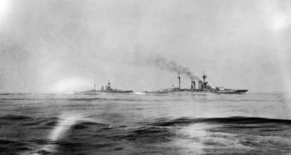 HMS Warspite and HMS Malaya during the Battle of Jutland (Wikimedia Commons)